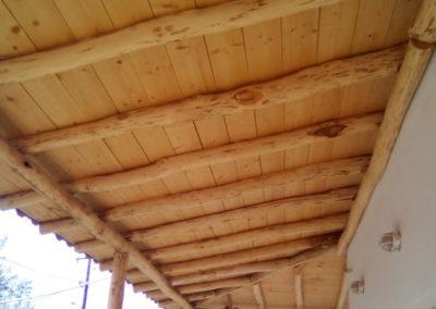 ξύλινη πέργκολα
